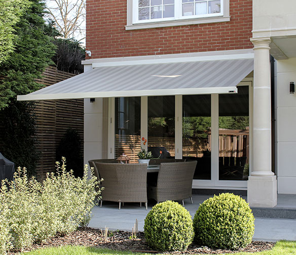 awnings and canopies by Charltons